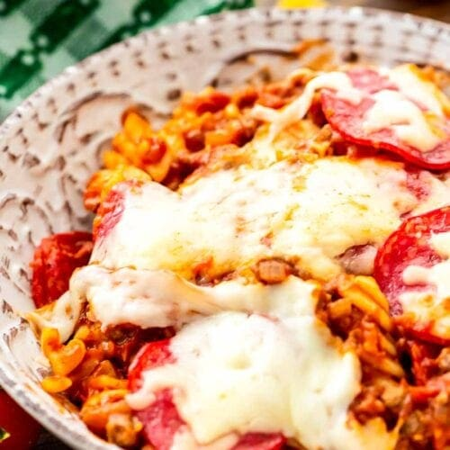 Crock pot pizza pasta in bowl