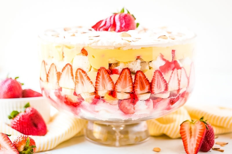 Trifle bowl with dessert in it