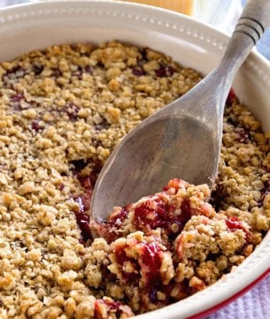 Cherry Crumble Pie ~ Quick, Easy and Delicious Cherry Dessert! Tons of Crunchy Crumb Topping and a Delicious Crumb Crust with Cherry Pie Filling!