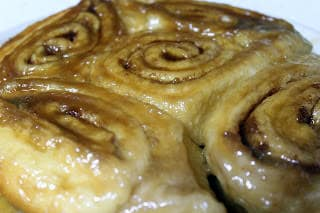 Caramel Rolls ~ 3 Ingredient EASY! Breakfast doesn't get easiery than this!