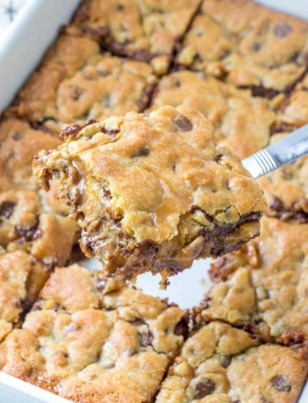 Caramel Cookie Bars on spatula