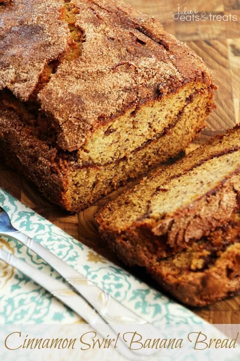 Cinnamon Swirl Banana Bread ~ Delicious, Easy Banana Bread with a Cinnamon Swirl and Cinnamon Sugar Topping!