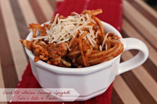 Crock Pot Italian Sausage Spaghetti ~ Creamy, Easy Sapghetti in the Crock Pot ~ www.julieseatsandtreats.com #crockpot #recipe #spaghetti
