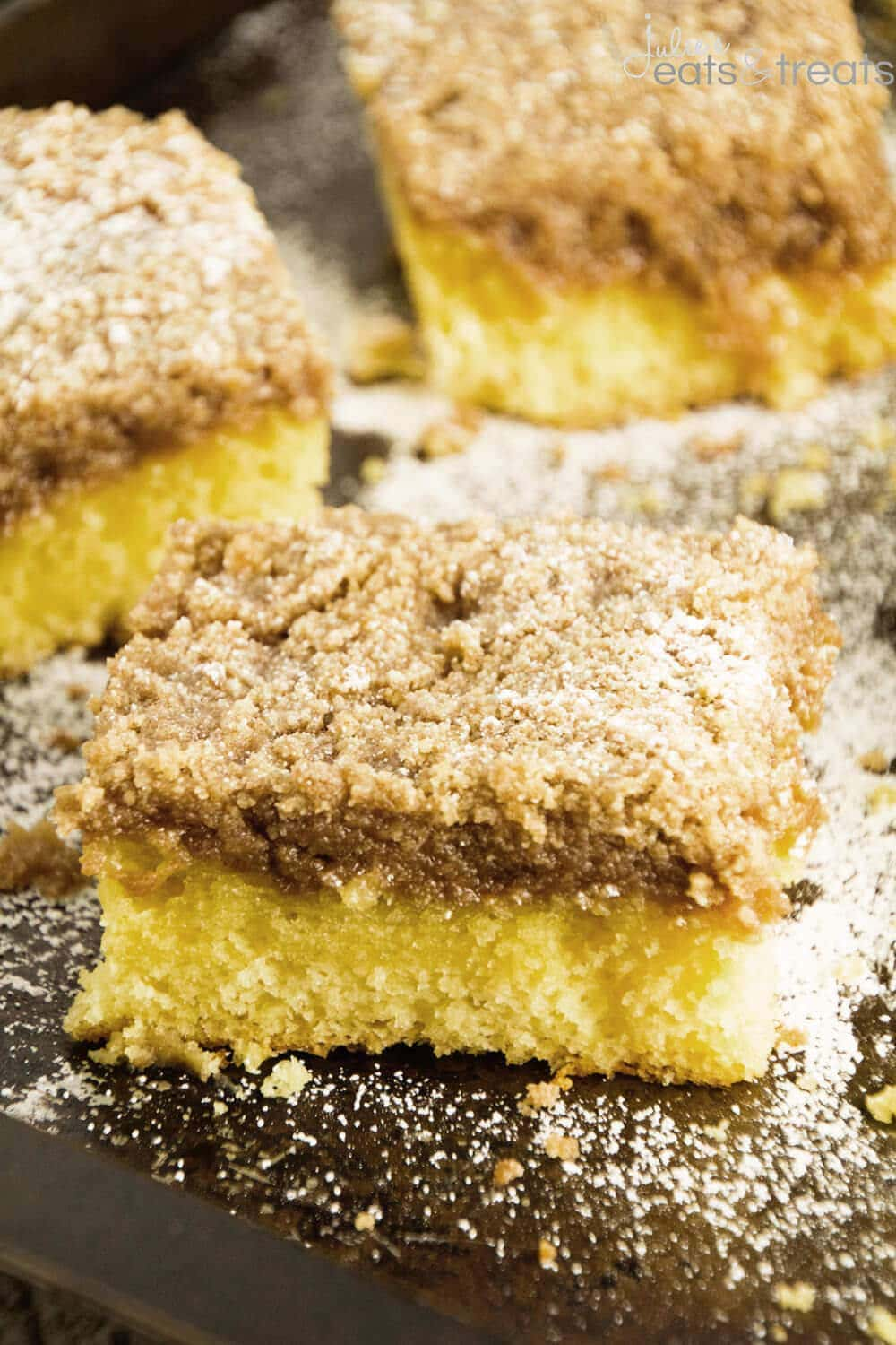 Super Crumb Cake ~ This Delicious Coffee Cake Recipe Starts with a Yellow Cake Mix and is Topped with a Thick Crumb Layer! Crumb Lovers Won't Be Able To Stop With One Piece!