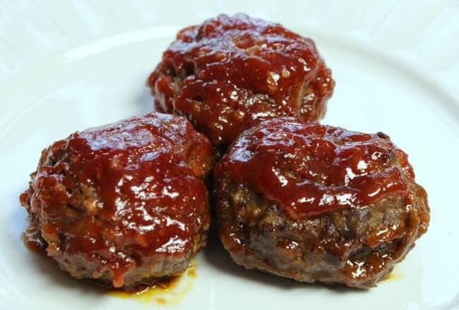 Sweet 'n' Sour Meatballs ~ Yummy Meatballs Loaded with a Sweet & Sour Sauce!