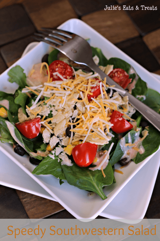 Quick and easy salad with a southwestern twist via www.julieseatsandtreats.com #salad #southwestern