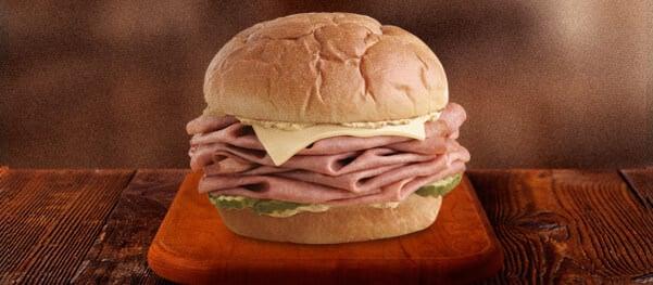 Arby's KING'S HAWAIIAN Roast Beef Sandwich #roastbeefatopia