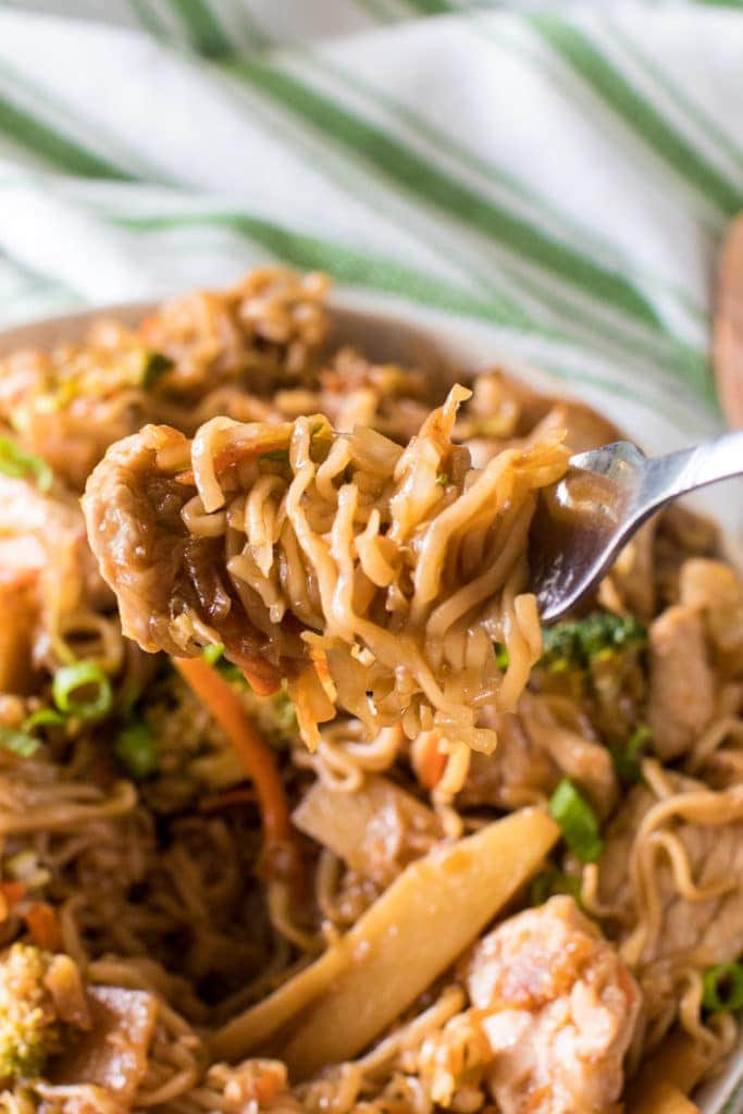ramen noodle stir fry on fork