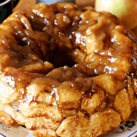 Caramel Apple Monkey Bread ~ Ooey, Gooey Monkey Bread Spiced with Cinnamon!