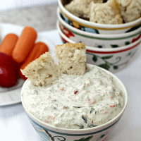 Garden Vegetable Spread ~ Fresh, yummy vegetable spread! via www.julieseatsandtreats.com