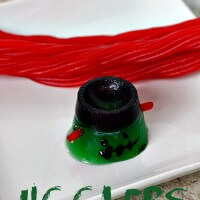 MMMMonster JIGGLERS ~ Cute and fun treats to make with the kids for Halloween!