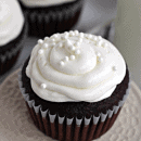 Red Velvet Cupcakes ~ Perfect Red Velvet Cupcakes topped with an amazing cream cheese frosting! #holidaysweets, #healthierholidays, #Truvia