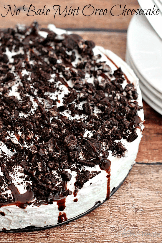 No Bake Mint Oreo Cheesecake ~ Oreo crust piled with light and fluffy ...