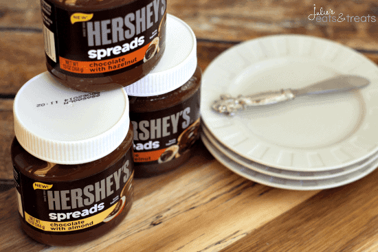 Chocolate Almond Cheesecake Dip ~ Creamy cheesecake dip loaded with chocolate and a hint of almonds! #SpreadPossibilities #hersheysheroes