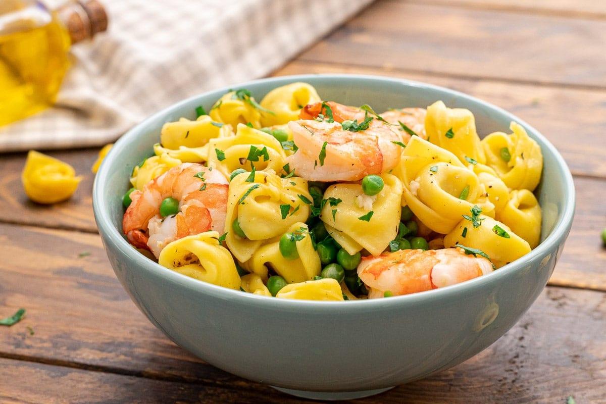 Blue bowl with Garlic Shrimp Tortellini