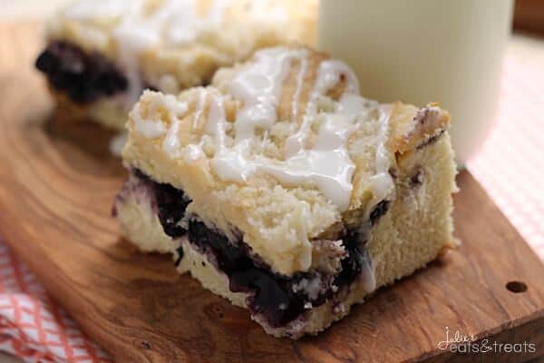Blueberry Cream Cheese Coffee Cake ~ Delicious Coffee Cake Stuffed with Blueberries and Cream Cheese! Topped with a Crumb Topping and Glaze!
