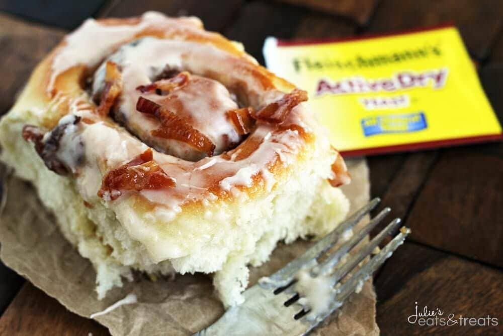 Candied Bacon Cinnamon Rolls ~ Amazingly Soft and Flaky Homemade Cinnamon Rolls Loaded with Candied Bacon!
