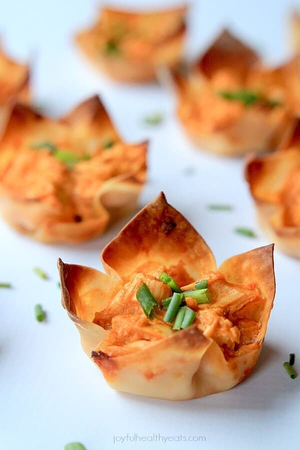 Skinny Buffalo Chicken Wonton Cups_5
