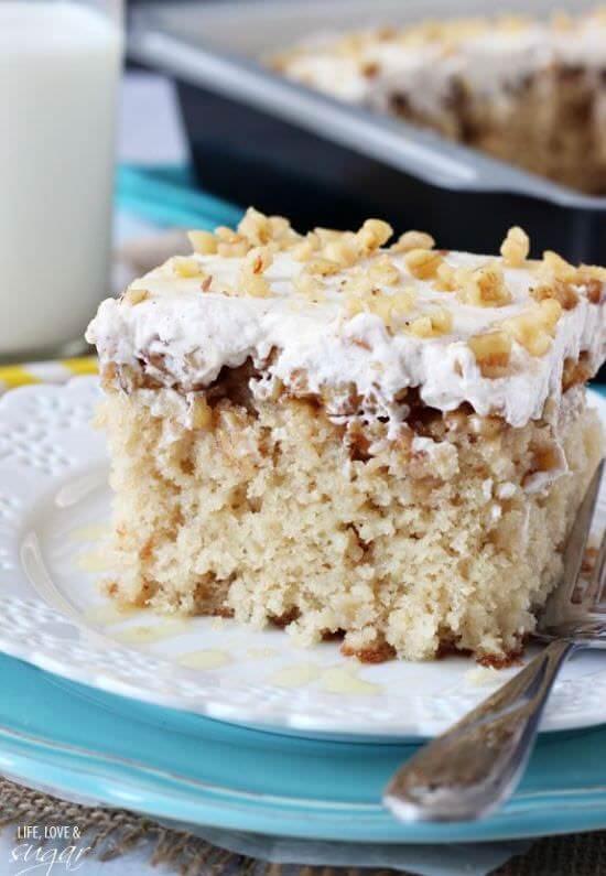 Baklava Poke Cake