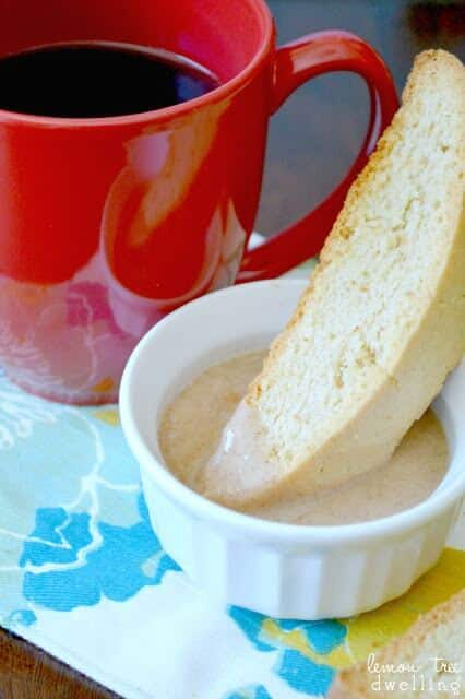 Cinnamon Biscotti and Cinnamon Glaze Dipping Sauce