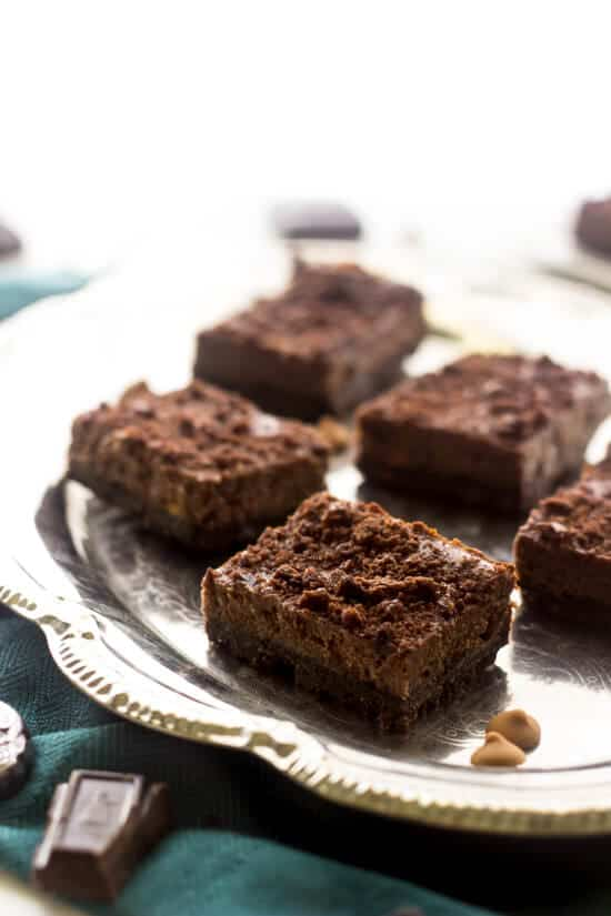 Skinny Chocolate Cheesecake Bars - Food Faith Fitness