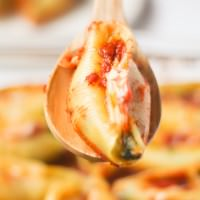 Spinach and Cheese Stuffed Shells ~ Creamy, Cheesy and such a quick family dinner!