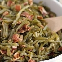 Crock Pot Bacon Green Beans ~ Quick and Easy Slow Cooked Side Dish Perfect for the Holidays!