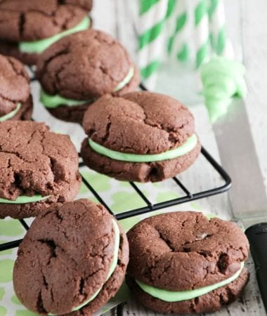Mint Chocolate Sandwich Cookies ~ Quick & Easy, Soft, Chewy Chocolate Cookies Stuffed Creamy Mint Filling!