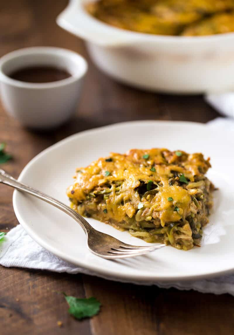 BBQ Chicken Zucchini Noodle Casserole - Low Carb, Gluten free and protein PACKED! Your family will LOVE this healthy, easy, weeknight dinner! | Julieseatsandtreats.com |