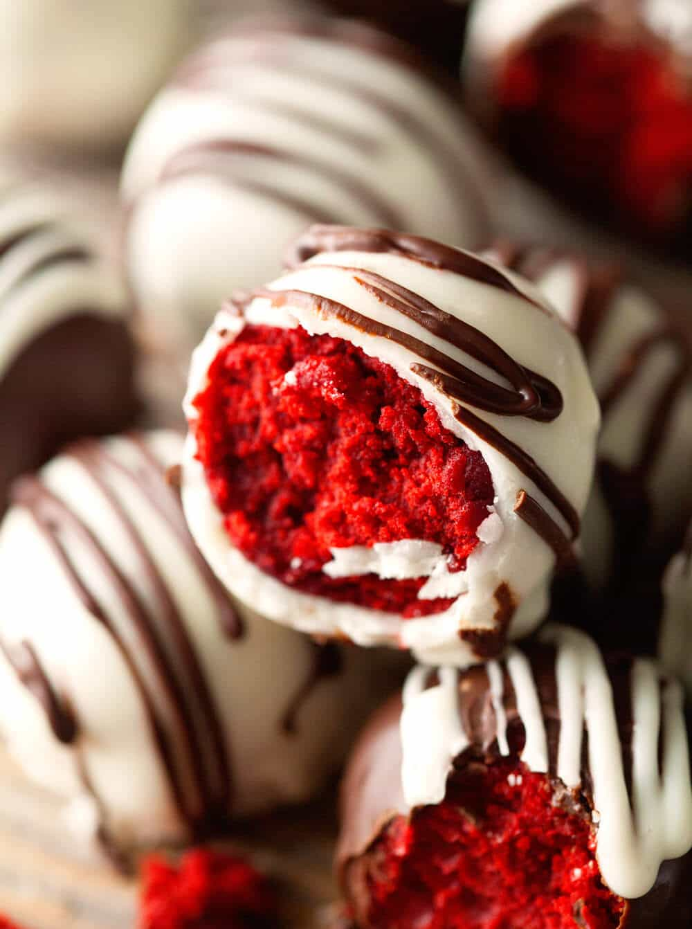 Red Velvet Cake Triffles - Quick and Easy! Treat yourself to these delicious Chocolate Bites filled with Red Velvet Cake!