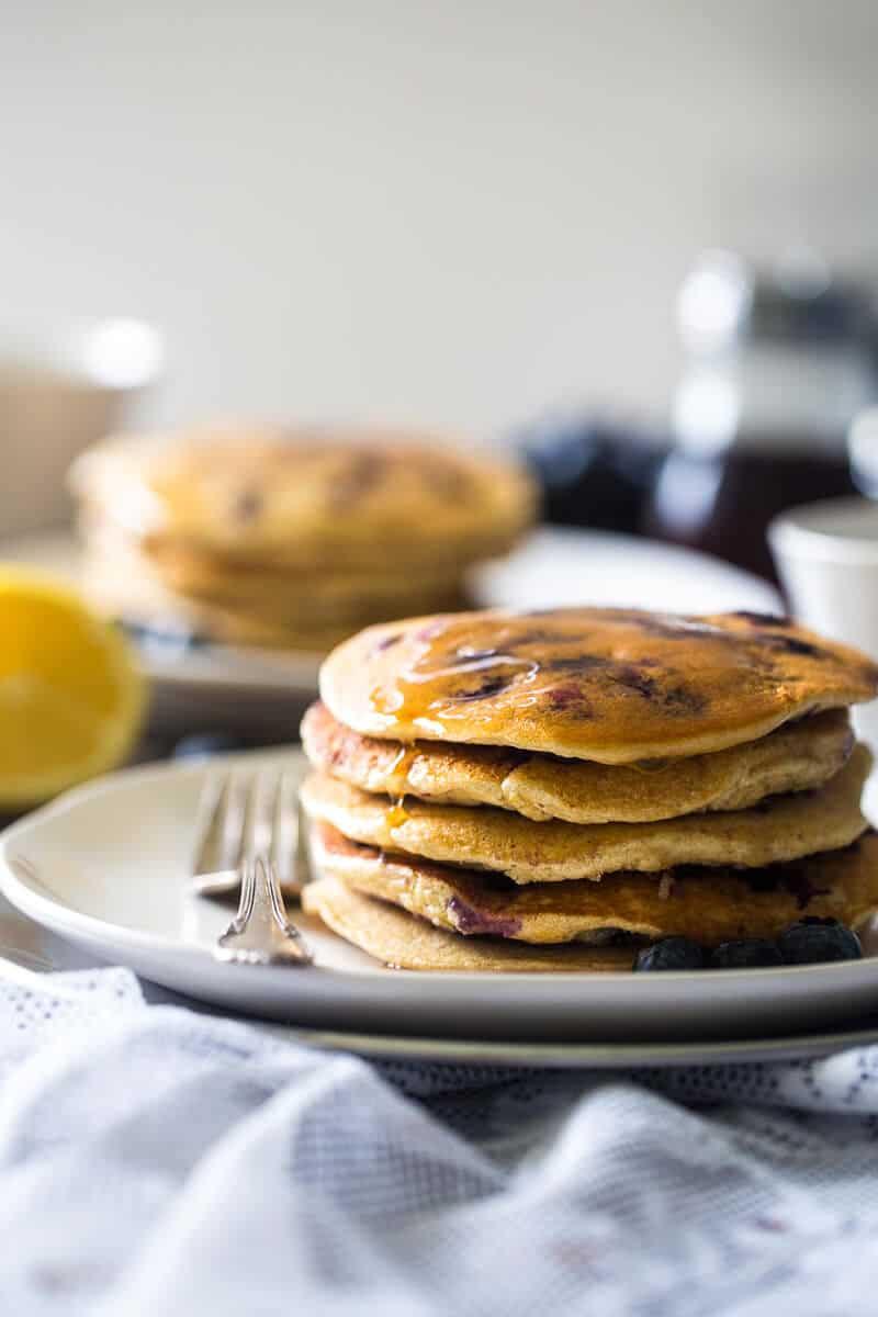 Blueberry Gluten Free Pancakes with Quinoa ~ Gluten free pancakes ...