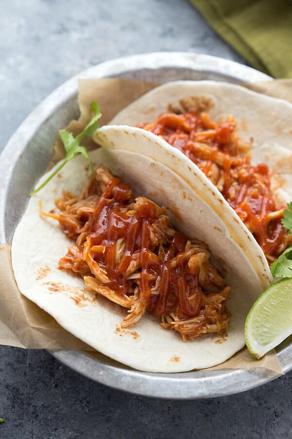 Easy-Slow-Cooker-Chicken-Tacos