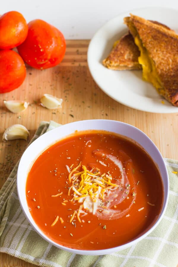 This Slow Cooker Tomato Basil Soup is creamy, rich with flavor and ...
