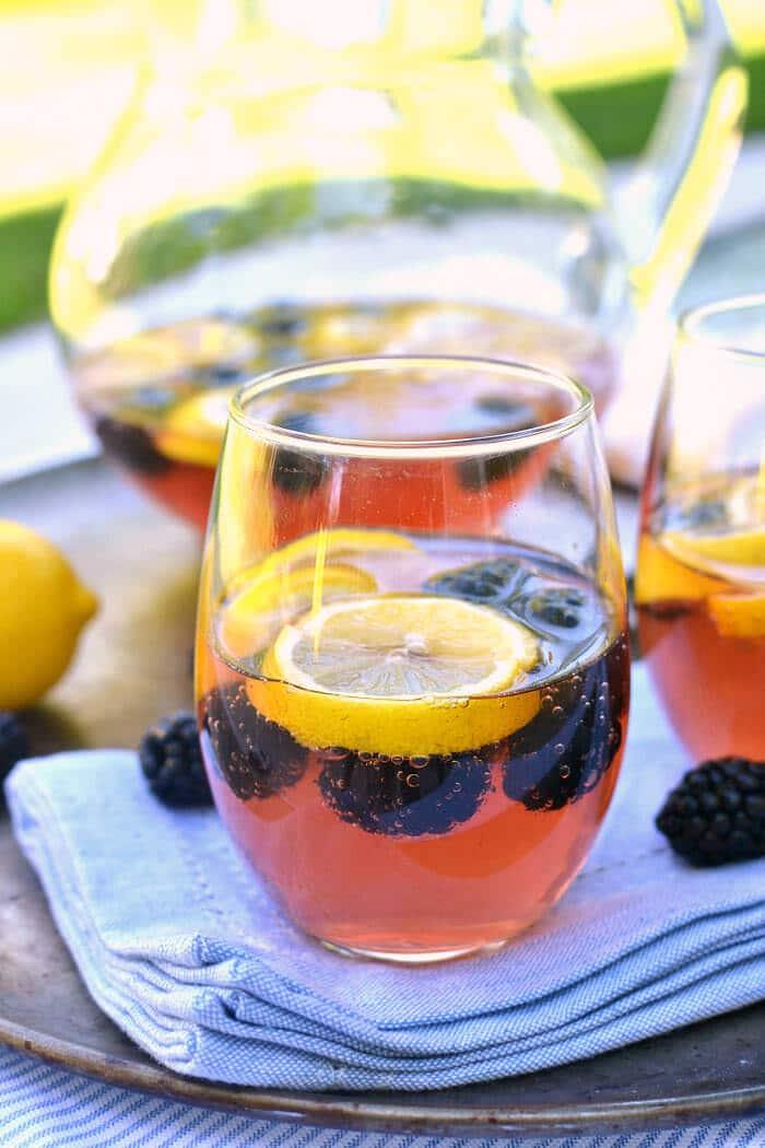 Blackberry Lemon Sangria – Lemon Tree Dwelling