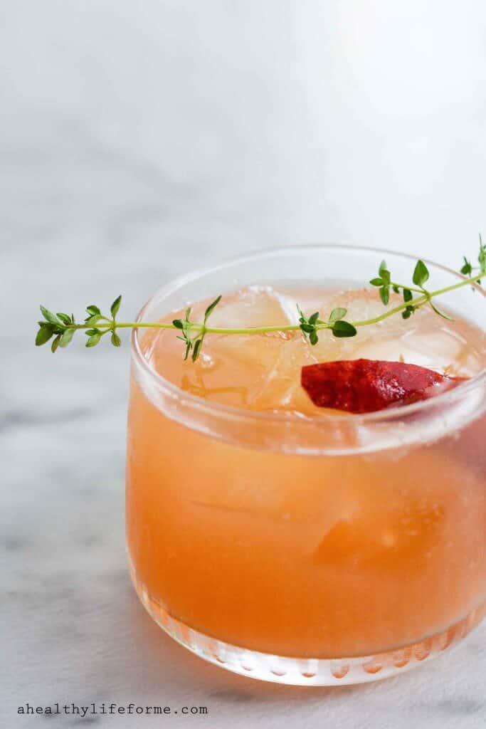 Peach-Bourbon-Thyme-Smash-2-683x1024