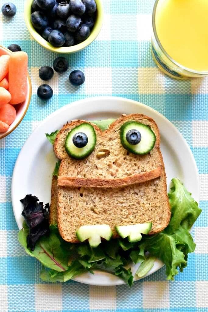 Froggy-Sandwich-a-fun-kids-inspired-lunch-idea-683x1024