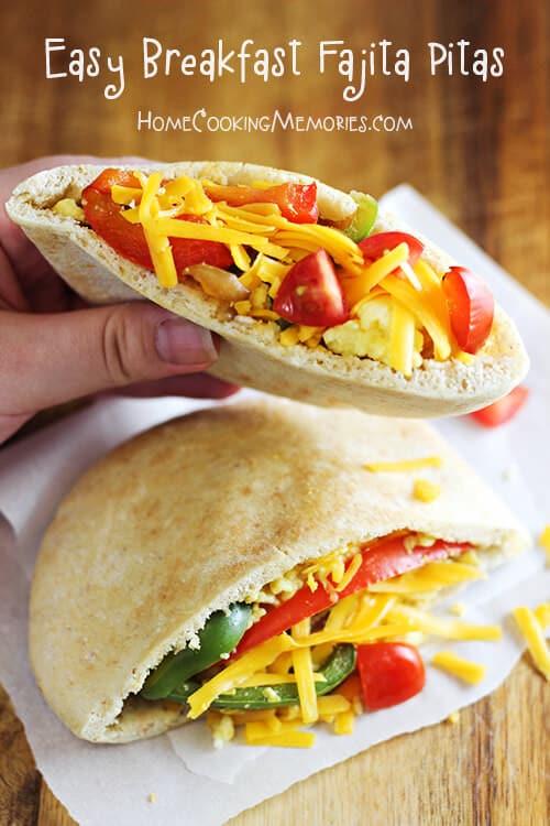 Easy-Breakfast-Fajita-Pitas