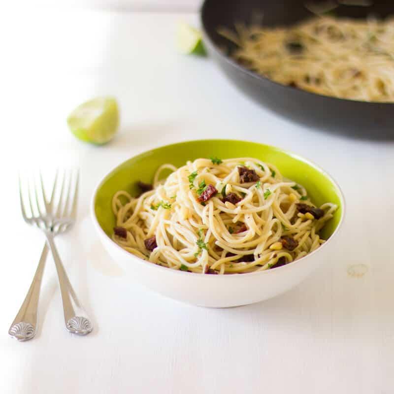 Lemon Garlic Spaghetti with Sundried Tomatoes-5