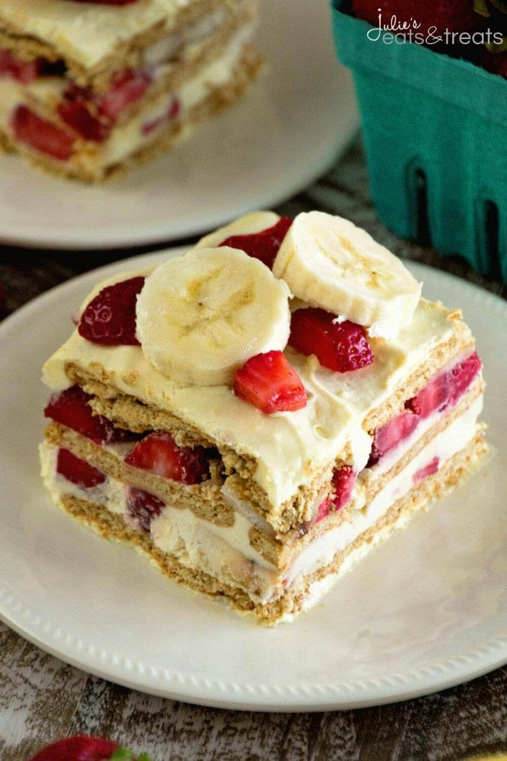 Skinny Strawberry Banana Ice Box Cake Recipe ~ Easy, Traditional Ice Box Cake Recipe Stuffed with Bananas, Strawberries, Graham Crackers and Vanilla Pudding! Plus it's Lightened Up for a Guilt Free Dessert!