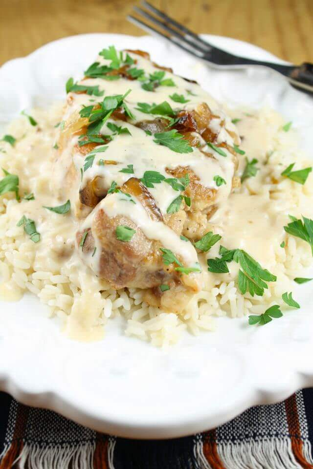 Slow-Cooker-Smothered-Pork-Chops-with-Sour-Cream-Sauce-Recipe-from-Miss-in-the-Kitchen
