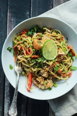 Thai-Chicken-Zucchini-Noodles-with-Spicy-Peanut-Sauce-5