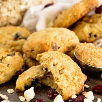 Oatmeal Cranberry White Chocolate Chip Cookies Recipe ~ Soft, Chewy Cookies That Are Stuffed with Cranberry and White Chocolate! Quick, Easy and Delicious Cookies!