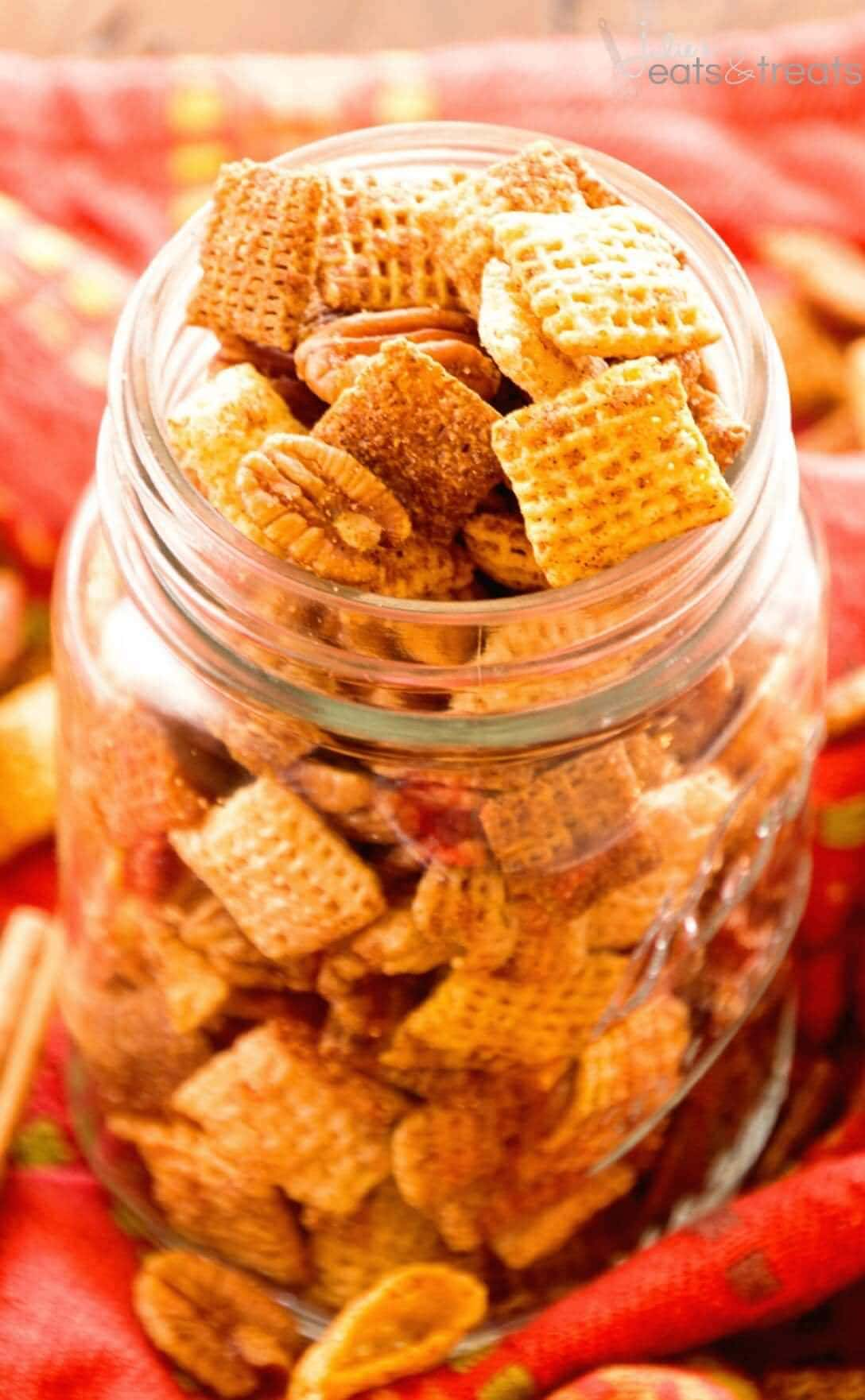 Pumpkin Chex Mix Recipe ~ Quick, Easy Chex Mix Flavored with Pumpkin Spice! Plus Make it in Your Microwave!