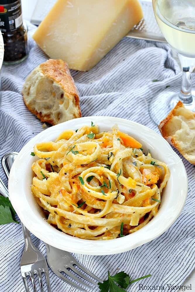One-pot-creamy-butternut-squash-pasta-recipe-2