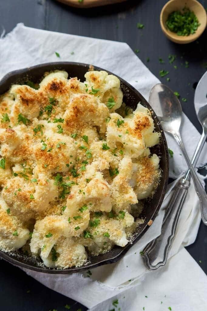 Garlic-Gouda-and-Parmesan-Cauliflower-Au-Gratin-3-682x1024