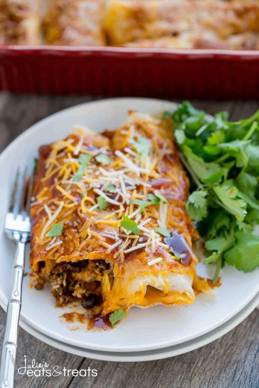 Beef and Potato Enchilada ~ Enchiladas loaded with delicious ground beef, crispy potatoes and tender vegetables! Enchiladas never tasted so good!!