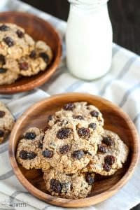 Healthy-Flourless-Oatmeal-Raisin-Cookies-1