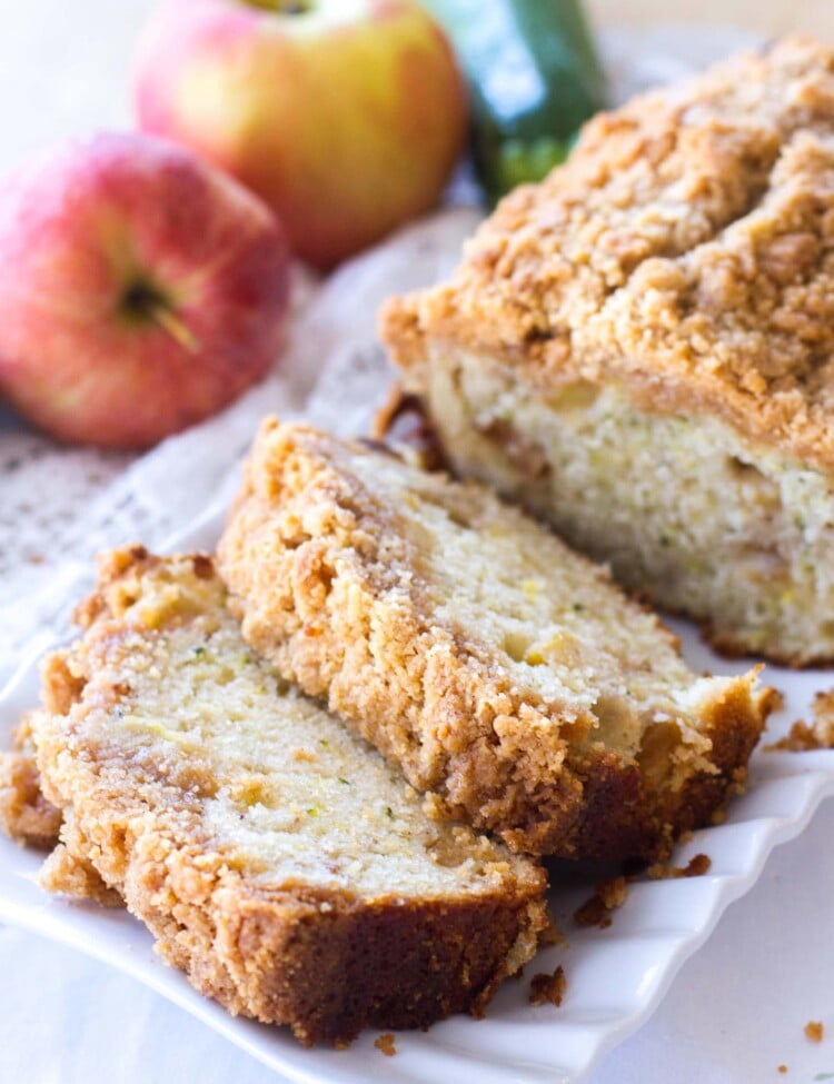 Crumb Apple Zucchini Bread ~ Easy, Quick Bread Recipe Filled with Fresh Grated Zucchini and Sweet Apples then Topped with a Delicious Cinnamon Brown Sugar Crumb Topping!