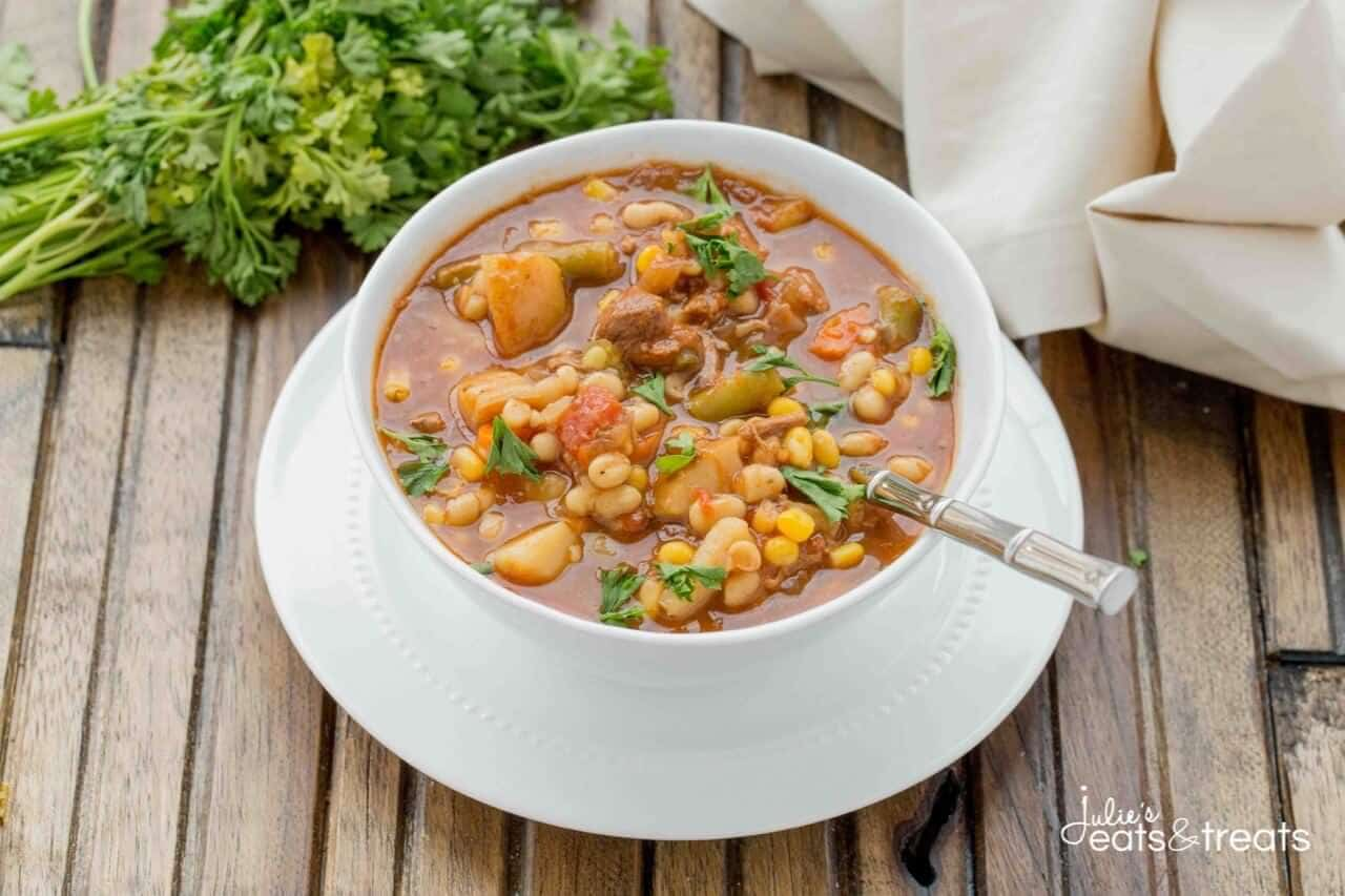 Crock Pot Beef & Vegetable Soup ~ Easy to make, loadedwith heartyvegetables&deliciousbeef. This is one crock pot soup youmust makethis winter.