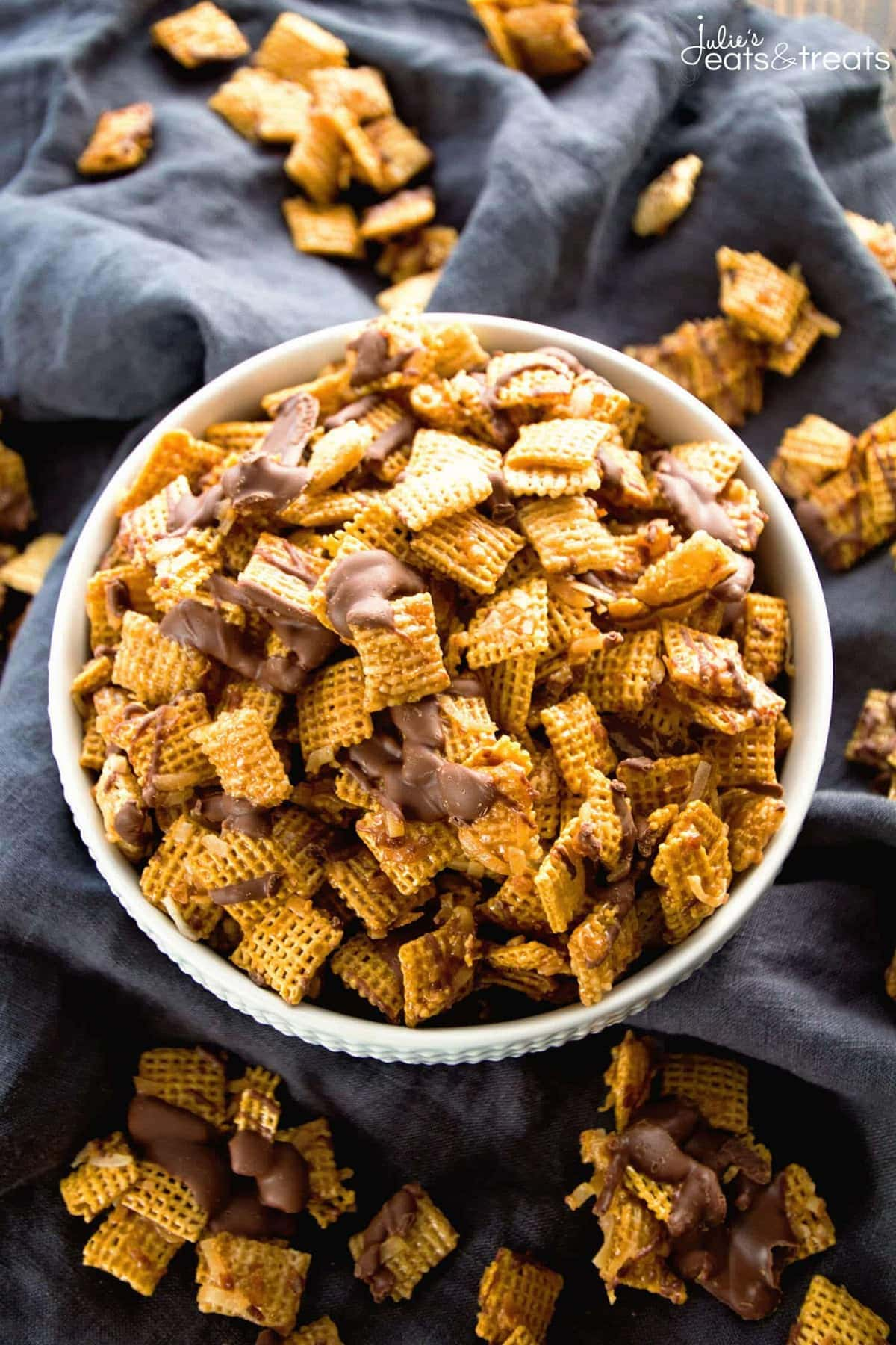 Samoa Chex Mix ~ Easy Snack Mix Loaded with Toasted Coconut, Chocolate and Smothered in Caramel!